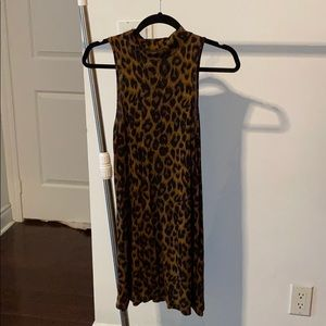 sleeveless a-line leopard dress